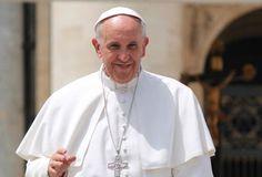 Dejémonos mirar por Jesús porque su mirada cambia la vida, dice el Papa