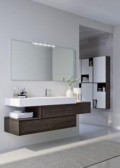 Ristrutturare il bagno: dalle piastrelle allo scaldasalviette