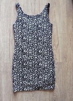 Kup mój przedmiot na #vintedpl http://www.vinted.pl/damska-odziez/krotkie-sukienki/8677865-bandazowa-sukienka-w-panterke-hm
