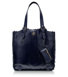 b4f82146ff42 Visit Tory Burch to shop for Robinson Printed Zip Continental Wallet . Find  designer shoes