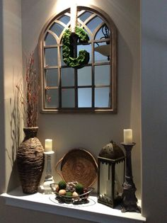 Decorating in a niche can be a difficult task. Try not to make it ...