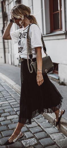 Fashion Street Style Chic Summer Outfits New Ideas Look Fashion, Trendy Fashion, Fashion Design, Fashion Trends, Street Fashion, Fashion Black, Fashion Ideas, Romantic Fashion, Feminine Fashion