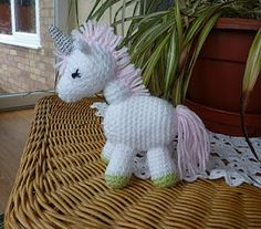 """Yellow, Pink and Sparkly: """"Charley the Unicorn"""" free pattern!"""