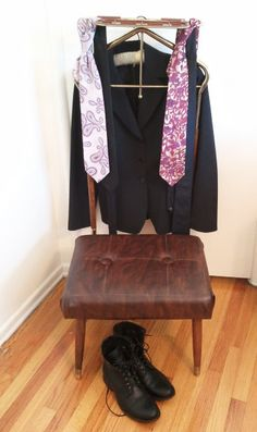 Items similar to HOLD Mid Century Pearl Wick Mid-Century Valet Butler Dress Gentlemen Chair Eames wardrobe suit vintage on Etsy  sc 1 st  Pinterest & Gentlemanu0027s Dressing Chair Vintage Valet Chair. $80.00 via Etsy ...