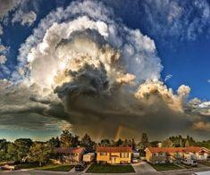 Tremenda tempestade adivinha-se na vizinhança