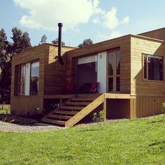 Casa cúbica en madera - Sesquile, Colombia.  #woodarchitecture #wood #madera #casasenmadera #arquitecturaenmadera http://www.tallerdensamble.com