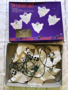 Halloween-White-Fabric-Ghost-10-Light-Set-Indoor-Outdoor