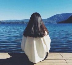 Find images and videos about girl, cute and beautiful on We Heart It - the app to get lost in what you love. Beach Photography Poses, Beach Poses, Blue Aesthetic, Aesthetic Photo, Ulzzang Korean Girl, Uzzlang Girl, Kawaii Girl, Pixie Hairstyles, Dark Fashion