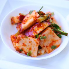 #Ganghwa Sunmu (Turnip) Kimchi: Sunmu (turnip) kimchi is an unique dish that uses Ganghwa turnips, which have a sweet mustard ginseng taste and the strong aroma of cabbage root. The turnips are seasoned with salted large-eyed herring and salted shrimps to create a fantastic taste. [PHOTO]