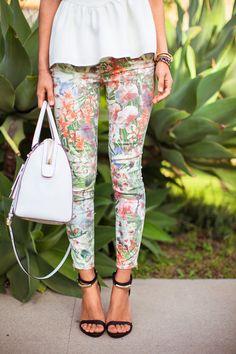 pattern & white