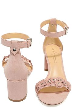 The Daya by Zendaya Marietta Blush Suede Ankle Strap Heels are the sweetest sandals we've ever set our sights on! Dainty faux suede flowers, with silver studs, trim the toe strap of these peep-toe, single sole heels. A structured heel cup, with adjustable ankle strap and matching silver buckle, completes the look.