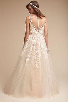 Ariane Gown in Bride Wedding Dresses Embellished Lace Back Wedding Dress, Size 12 Wedding Dress, Wedding Dress Organza, Bridal Gowns, Wedding Gowns, Simple Gowns, Bhldn, Beautiful Gowns, Beautiful Clothes
