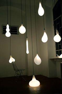 Designer Lampen in Glühbirnenform ziehen die Blicke auf sich