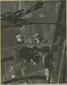 Those who constructed the Empire State Building were real men! The builders, 3400 in total, were mostly immigrants and native Americans. They did the job in only 410 days.