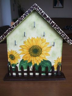 "Housekeeper ""Sunflowers"""