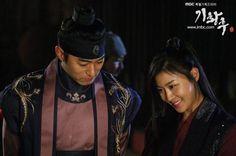 Empress Ki   Ha Ji Woo & Joo Jin Mo