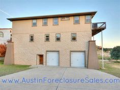 Lake View Bank Foreclosure in Austin Texas Metro $284,9