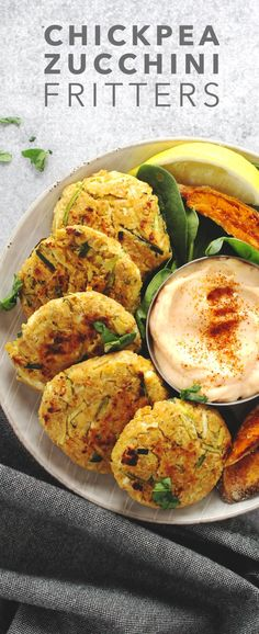 Chickpea Zucchini Fritters are perfect when you want a sophisticated vegetarian dinner that is super tasty and fun (work well as burgers too) Chickpea Fritters, Chickpea Burger, Zucchini Fritters, Veggie Burgers, Veggie Fritters, Turkey Burgers, Chickpea Recipes, Lunch Recipes, Vegetable Recipes