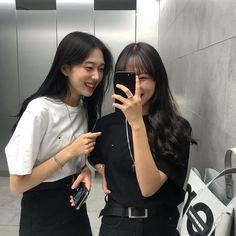 Best Friend Couples, Best Friend Goals, Girls Best Friend, Ulzzang Korean Girl, Ulzzang Couple, Korean Best Friends, Korean Girl Photo, Girl Friendship, Girl Korea