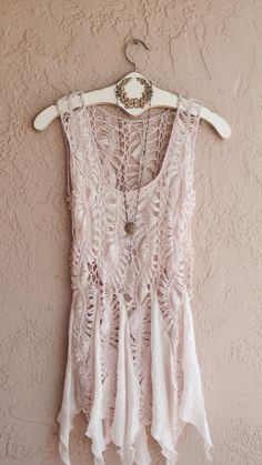 Image of Sheer Beach bohemian crochet coverup tunic in dusty pink gypsy romance Boho Outfits, Vintage Outfits, Casual Outfits, Fashion Outfits, Outfits 2016, Fashion 2018, Bohemian Mode, Bohemian Style, Boho Chic
