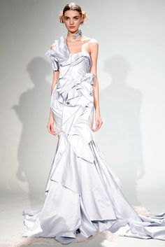 See the complete Marchesa Fall 2011 Ready-to-Wear collection.