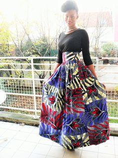 Jupe longue taille haute froncée en wax ( pagne africain)