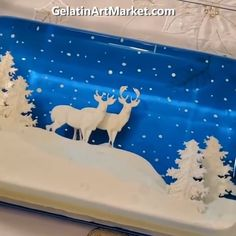 Discover new ideas on how to make beautiful gelatin desserts! Credit: Gelatin Art Market Store Discover new ideas on how to make beautiful gelatin desserts! Reindeer Cakes, Reindeer Food, 3d Jelly Cake, Jelly Jelly, Jelly Desserts, Snack Recipes, Dessert Recipes, Fall Recipes, Food Decoration