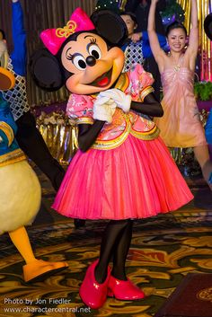 Minnie Mouse DDE May 2013 - Welcome to Hong Kong Disneyland