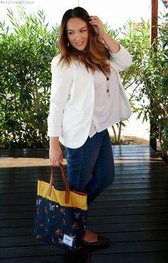 OUTFIT || Blazer bianco, jeans e la mia nuova Brohm Tote! ~ Iris Tinunin - Fashion and Beauty Blogger [more on www.stylosophique.com]