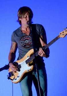 Keith Urban Photos: 2015 CMT Music Awards Rehearsals - Day 2