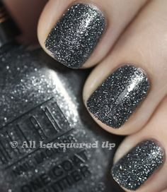 smokey grey polish w/ light pink & silver sparkles...LOVE it