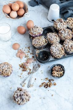 Fluffy spelt muffins dotted with apple and berries, and topped with a sweet cinnamon and walnut crumble! Perfect for a guilt free afternoon treat! Food Photography Styling, Food Styling, Apple And Berry Crumble, Spelt Recipes, Guilt Free, Cinnamon, Muffins, Berries, Sweets