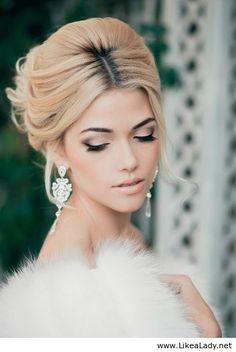 5 Most Popular Wedding Makeup style Bridal Beauty, Wedding Beauty, Wedding Hair And Makeup, Bridal Makeup, Bridal Updo, Winter Wedding Makeup, Up Hairstyles, Wedding Hairstyles, Make Up Braut