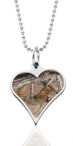 Realtree Heart Pendants with Chain