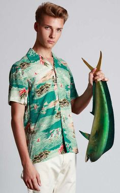 7. >>YAY to cool Hawaiin shirts, flip flops, shorts and itsy bitsy bikinis!  >> NAY to crazy Christmas sweaters and 'bundling up'