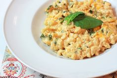 Creamy Mac n' Cheese with Spinach- under 500 calories