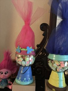 Trolls hair on the drink dispensers Trolls Birthday Party, Troll Party, 6th Birthday Parties, Bday Girl, 1st Birthday Girls, Birthday Ideas, Birthday Party Centerpieces, Birthday Decorations, Party Themes