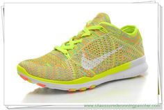 purchase cheap 9ec40 88a65 718785-700 Nike Free 5.0 Tr Flyknit Jaune Blanc. Riley Zonker · Chaussure  de Running ...