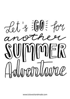 Let's go for another summer adventure! Happy Words - Free Handlettering Calendar Printable 2020 Luloveshandmade - Handlettering in Berlin Making A Bullet Journal, Bullet Journal Ideas Pages, Calendar Printable, Calendar Pages, Calligraphy Quotes Doodles, Bujo, Word Free, Summer Quotes, Happy Words