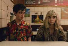 Primeira surpresa da Netflix em britânica The End Of The F***ing World mistura humor negro e drama adolescente na medida. Confira a resenha Jessica Barden, Film Aesthetic, Aesthetic Vintage, The End, End Of The World, Collage Des Photos, World Icon, All The Bright Places, Orphan Girl