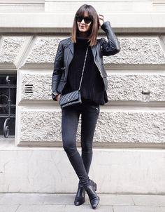 All black everything #streetstyle #allblack