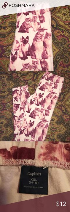 Kitty Cat Leggings By Gap Girls 14/16 These leggings are so cute and NWOT. My granddaughter never wore them so I'm selling💕💕💕 GAP Bottoms Leggings
