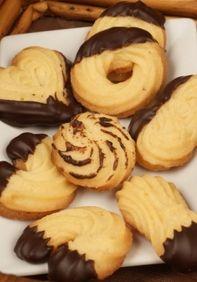 Linecké striekané pečivo Christmas Candy, Christmas Baking, Christmas Cookies, Churros, Macaroons, Czech Recipes, Something Sweet, Biscotti, Doughnut