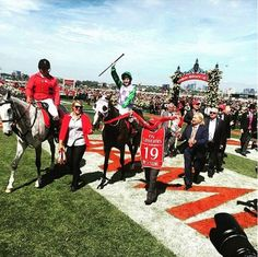 Michelle Payne became the first woman jockey to win the Melbourne Cup with Prince of Penzance - Photo by @flemingtonvrc