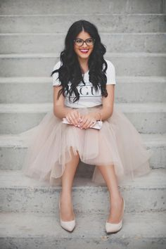 GIRL BOSS tulle skirt. Love how she's wearing this with a T shirt.