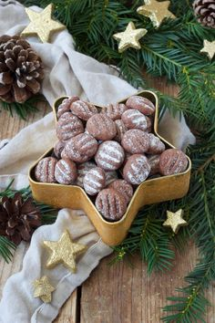 Chocolate pudding recipe – The chocolate pudding biscuits are easy and quick to make and taste light and airy. // Sweets & Lifestyle®️️ schokopudding cookies # by danielaschur Chocolate Pudding Cookie Recipe, Chip Cookie Recipe, Easy Cookie Recipes, Chip Cookies, Chocolate Cookies, Christmas Biscuits, Christmas Baking, Christmas Cookies, Nutella
