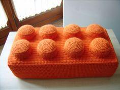 LibellulaNera: Free Crochet Pattern.  FREE PATTERN 8/14.