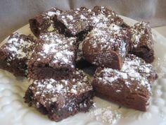 Powdered Sugar Brownies
