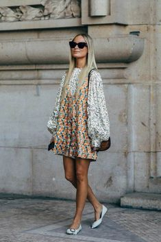The Best Street Style Looks From Paris Fashion Week Spring 2019 - outfit ideas - Looks Street Style, Casual Street Style, Looks Style, Street Chic, Street Style Dresses, Parisian Street Style, Paris Street Style Summer, Paris Style, Paris Look