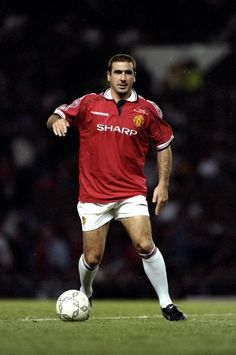 Manchester United is stronger than anybo by Eric Cantona @ Like Success Man Utd Squad, Man Utd Fc, Best Football Players, Good Soccer Players, Fifa, Manchester United Top, Eric Cantona, Man Utd News, Association Football